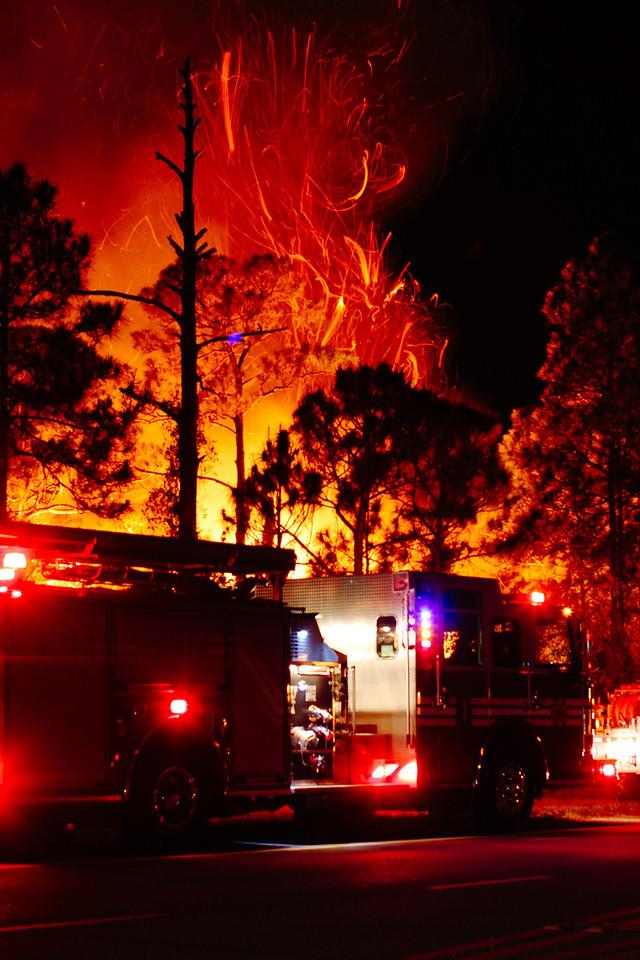 Fire in the Sky Oslo 3-7-2013 & I-95 Brush Fire